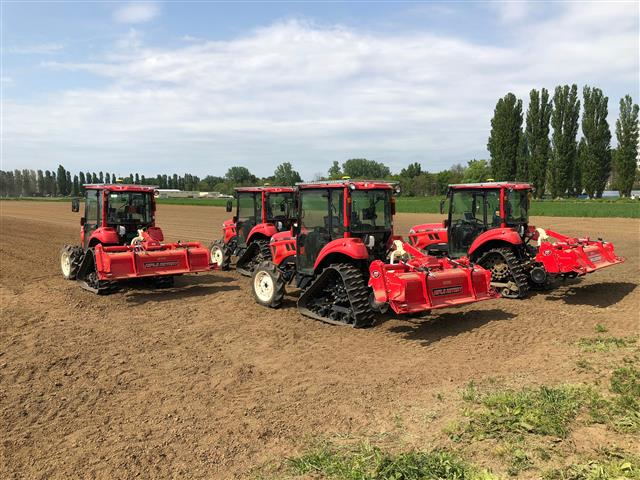 A group of coordinating, self-driving tractors are being tested on the test field at the University of Hokkaido in Sapporo. (credits: STOffice Tokyo)